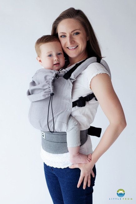 Little Frog Ergonomic Carrier - Howlite 1