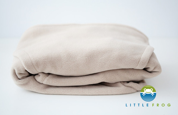 Little Frog Fleece Cover - Cosy Frog BEIGE